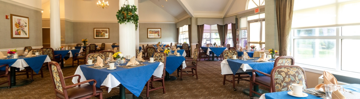 Voorhees Senior Living dining