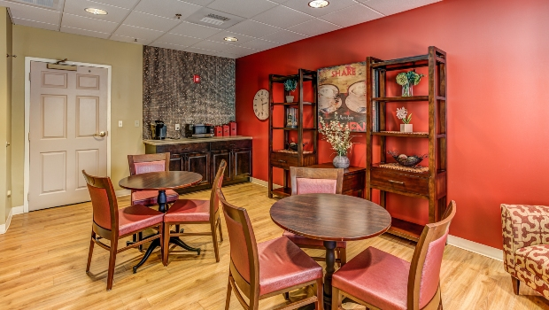 carriage-house-red-dining-room
