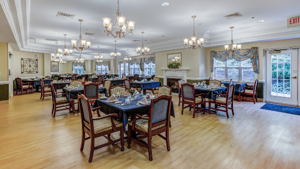 carriage-house-restaurant-dining-2