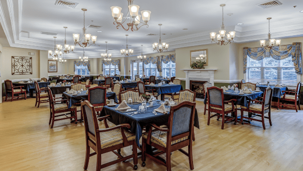 restaurant style dining room with plenty of seating