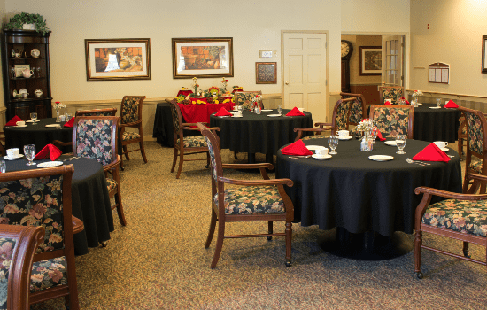 Dominion Village at Poquoson Dining Room
