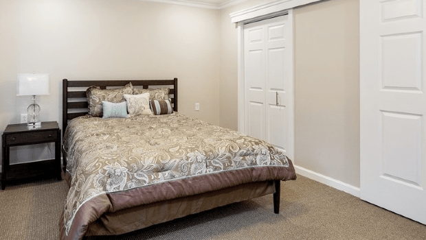 a bedroom with a nice large bed
