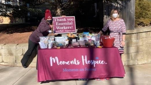 moments hospice table set up