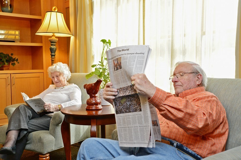 Can Introverts Be Happy in a Senior Living Community?